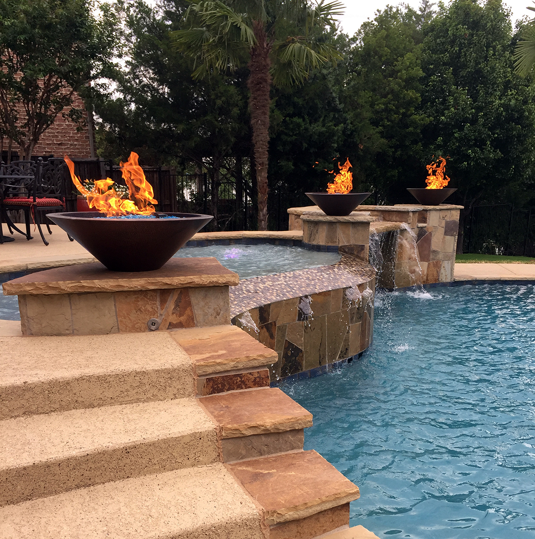 bmr pool and patio p3q.jpg