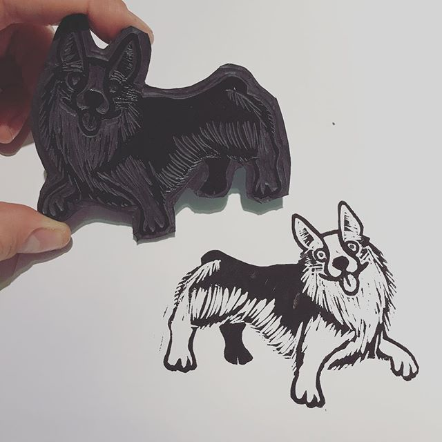 A little Corgi to celebrate the last night of the Crufts 2018 - - #corgi #linocut #linoprint #printmaker #reliefprint #makersmovement #illustrator #handmade #thiscreativelife #crufts2018