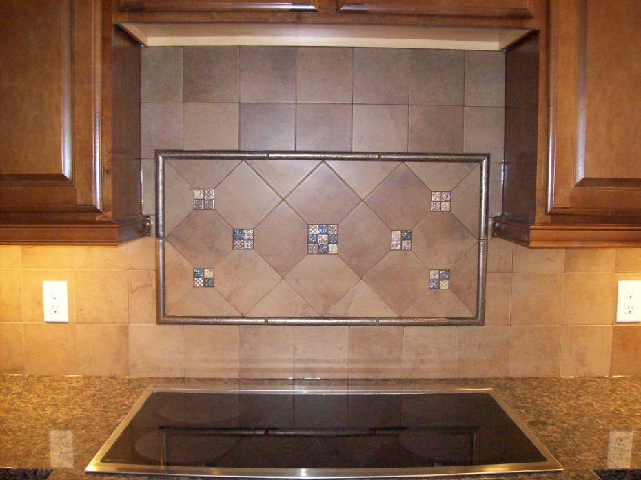 incredible-backsplash-tile-ideas-for-traditional-kitchen-installed-stylish-design-of-applied-modern-enlightened-b-y-wall-lamp_how-to-install-kitchen-cabinet-tile-backsplash_ki-930x69.jpg