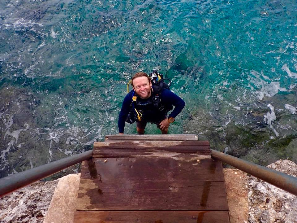 Alan - Award-winning PADI Dive Instructor, world traveler with over 50+ passport stamps, and cheerful entrepreneur. Scottish. Will correct you if you spell whisky with an