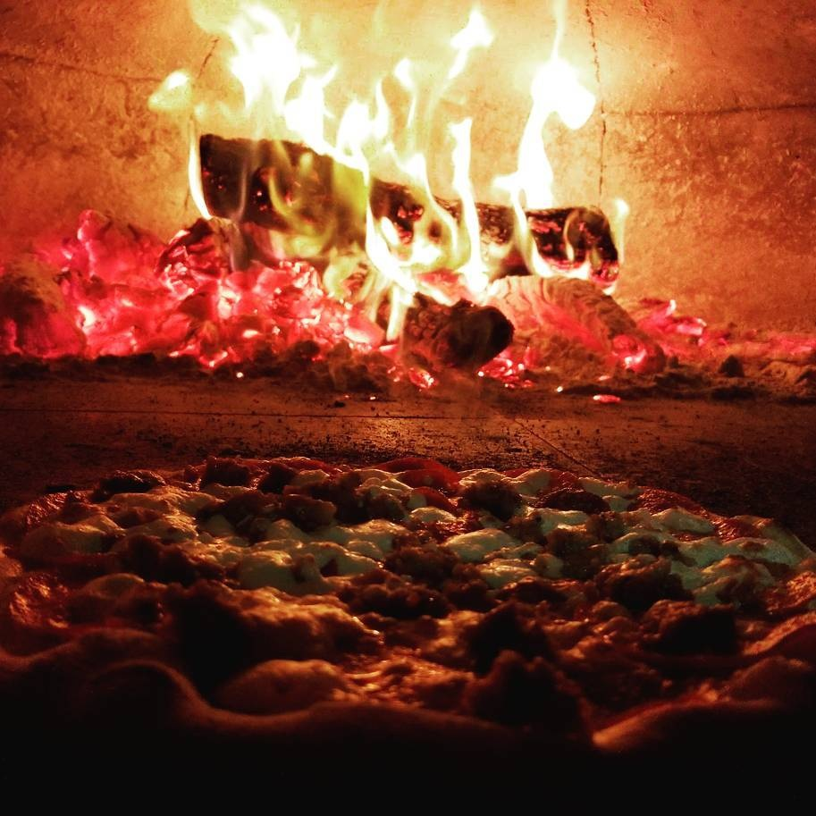 Where craft beer and wine meet craft pizza… -