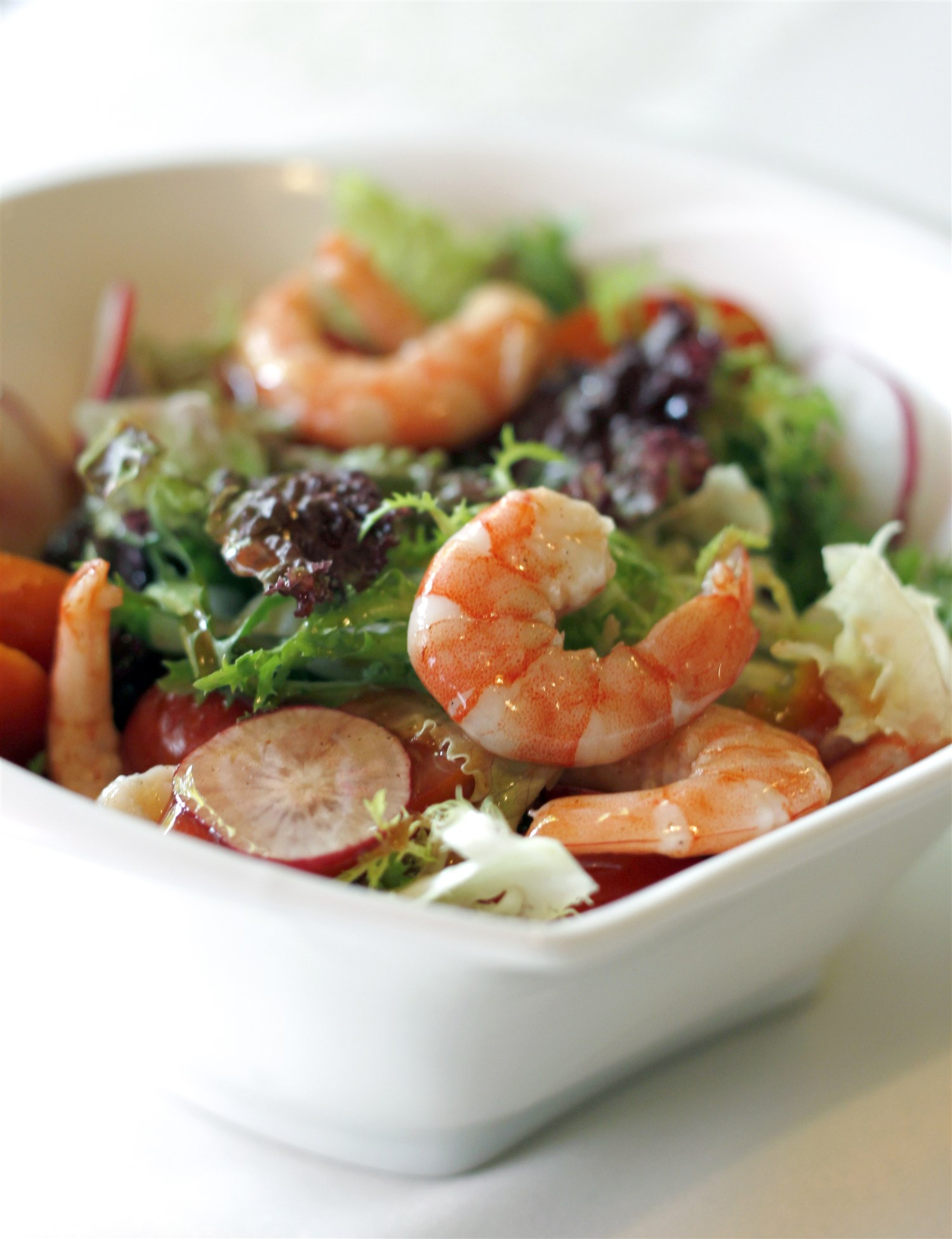 Earl's ,  Firerock  and the  Dubh Linn Gate  all include fresh and inventive meal-sized salads on their menus.  Dreamstime