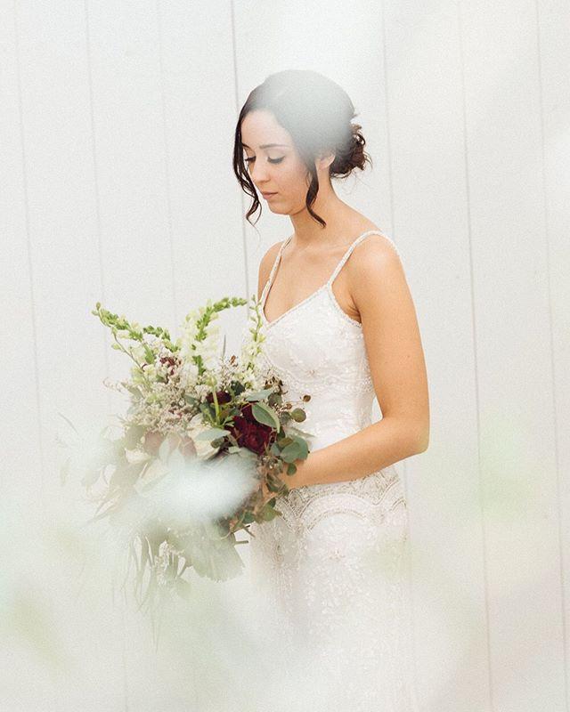 Isn't she lovely?! 📸 by: Gina Visit us at www.shortnorthweddings.com #shortnorth #weddingphotographer #weddingphotography #columbusphotographer #columbuswedding #columbusweddings #614 #614wedding #columbusohio #wedding #theknot #knotwedding #weddingwire