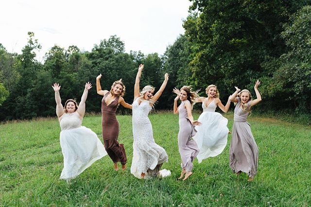 Wedding Day Feels! 🙌🏼💕 📸 by: Gina  Visit us at www.shortnorthweddings.com #shortnorth #weddingphotographer #weddingphotography #columbusphotographer #columbuswedding #columbusweddings #614 #614wedding #columbusohio #wedding #theknot #knotwedding #weddingwire