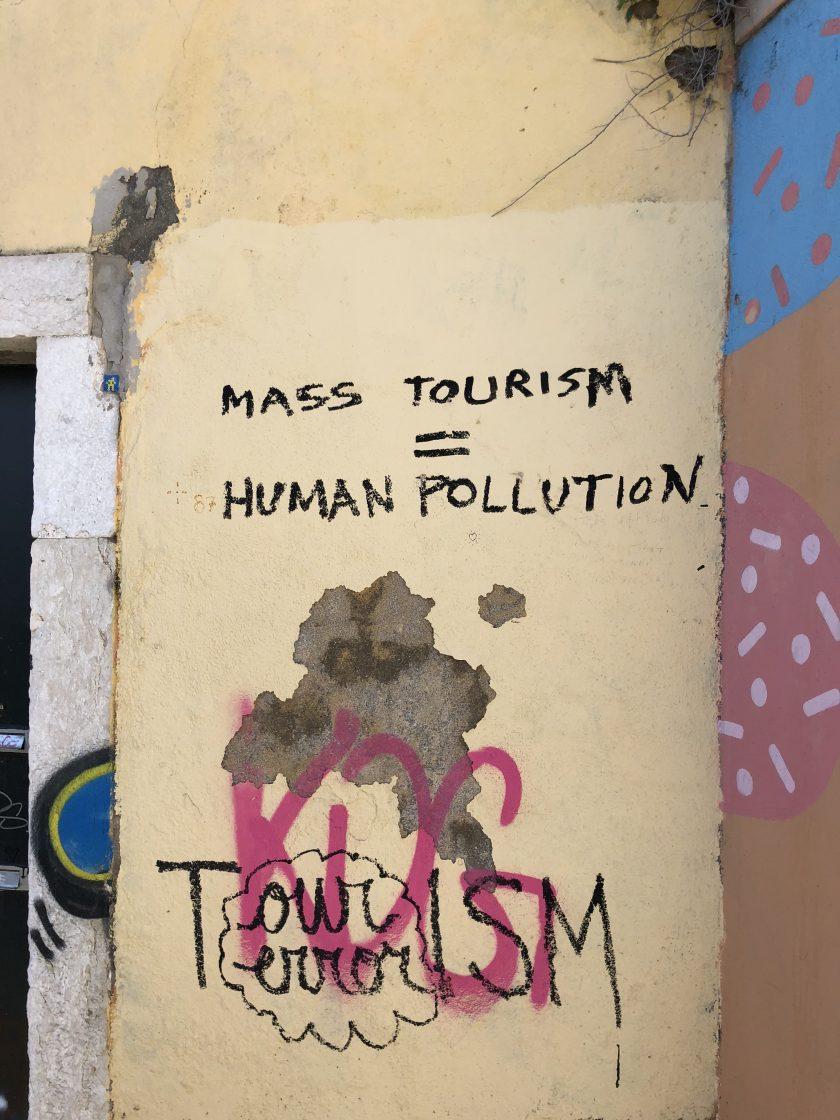 lisbon portugal mass tourism