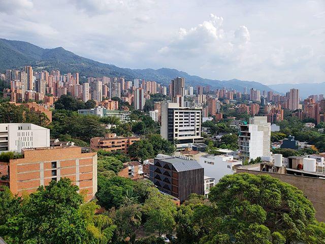 👋🏻 Sorry I've been MIA. Busy enjoying life in the moment an not on Instagram. Here's the view from my balcony in Medellin. Ok bye. • • • • • • • • #medellincolombia💛💙❤️ #medellincity #medellintravel @remoteyear #ryatlas #digitalnomadlife #postcardfrom #alwaystraveling #alwaysbetraveling #wanderlust_tribe #wanderlusters #travellust #amazingplacestovisit #worldpics #travelpost #travelgoal #iamtb #travelbloggeres #digitalnomads #igpassport #nomadiclife #travelprenuer #locationindependent #adventureseeker #digitalnomadlifestyle