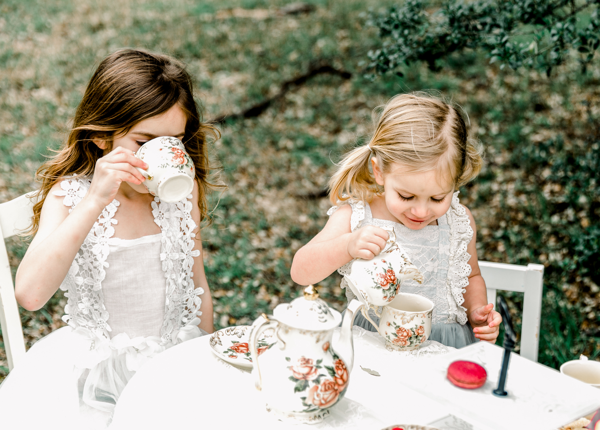 lifestyle-family-photographer-franklin-tea-time-12.jpg