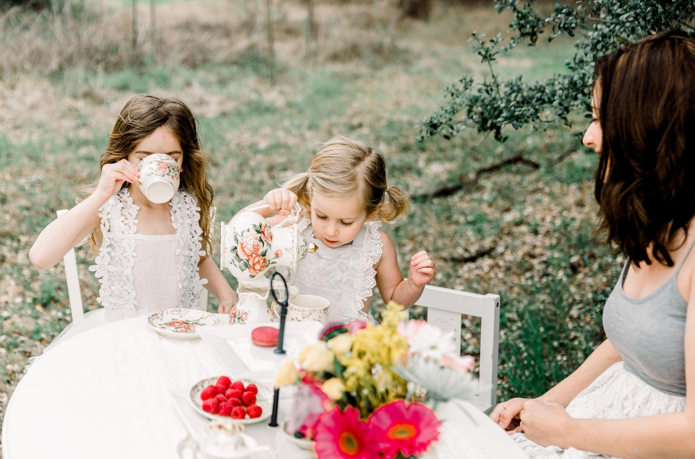 lifestyle-family-photographer-franklin-tea-time-13.jpg