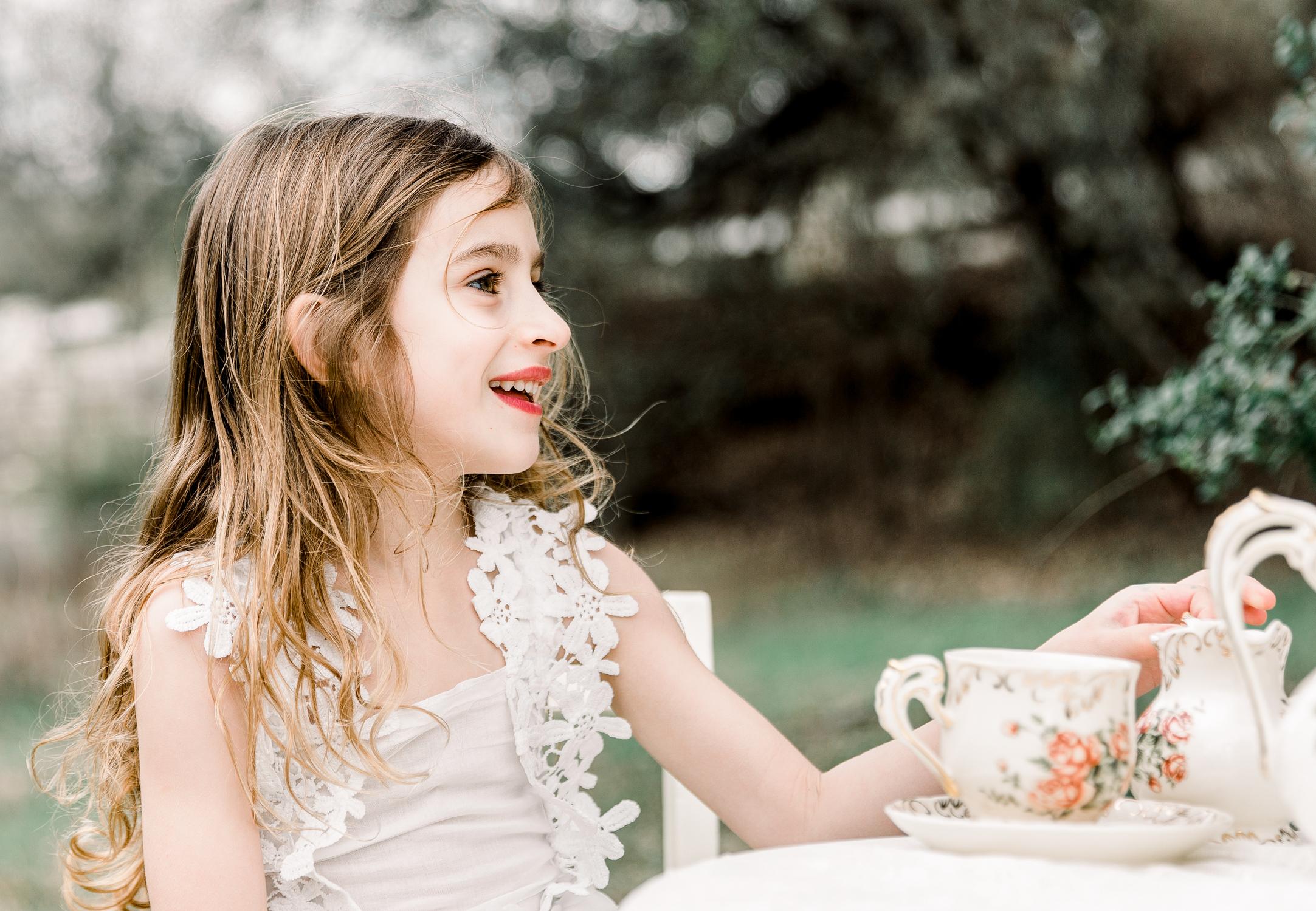 lifestyle-family-photographer-franklin-tea-time-19.jpg