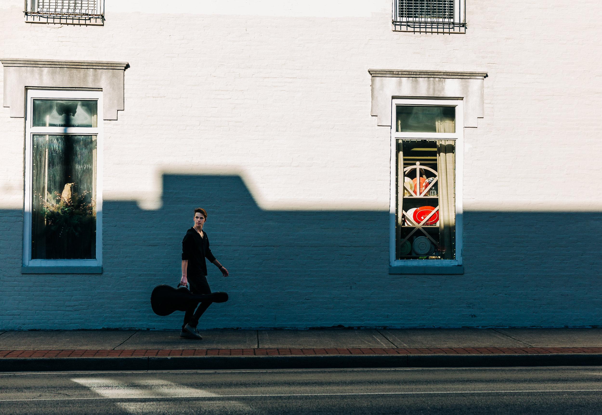 lifestyle-photographer-senior-session-downtown-franklin-90.jpg
