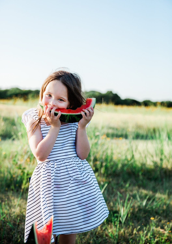 lifestyle-family-photographer-watermelon-summer-nashville-franklin-18.jpg