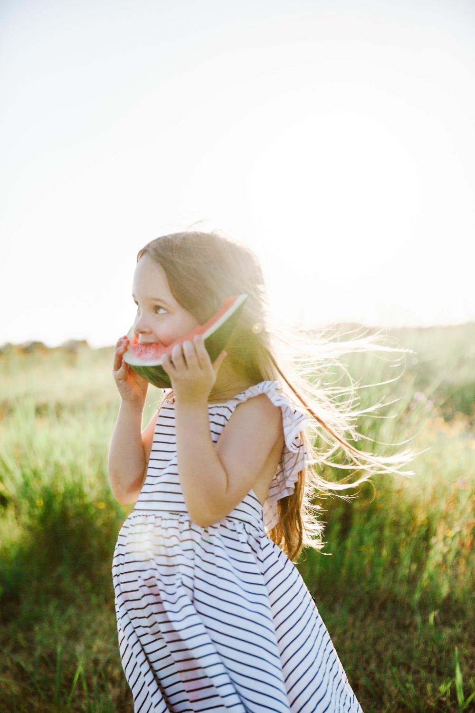 lifestyle-family-photographer-watermelon-summer-nashville-franklin-19.jpg