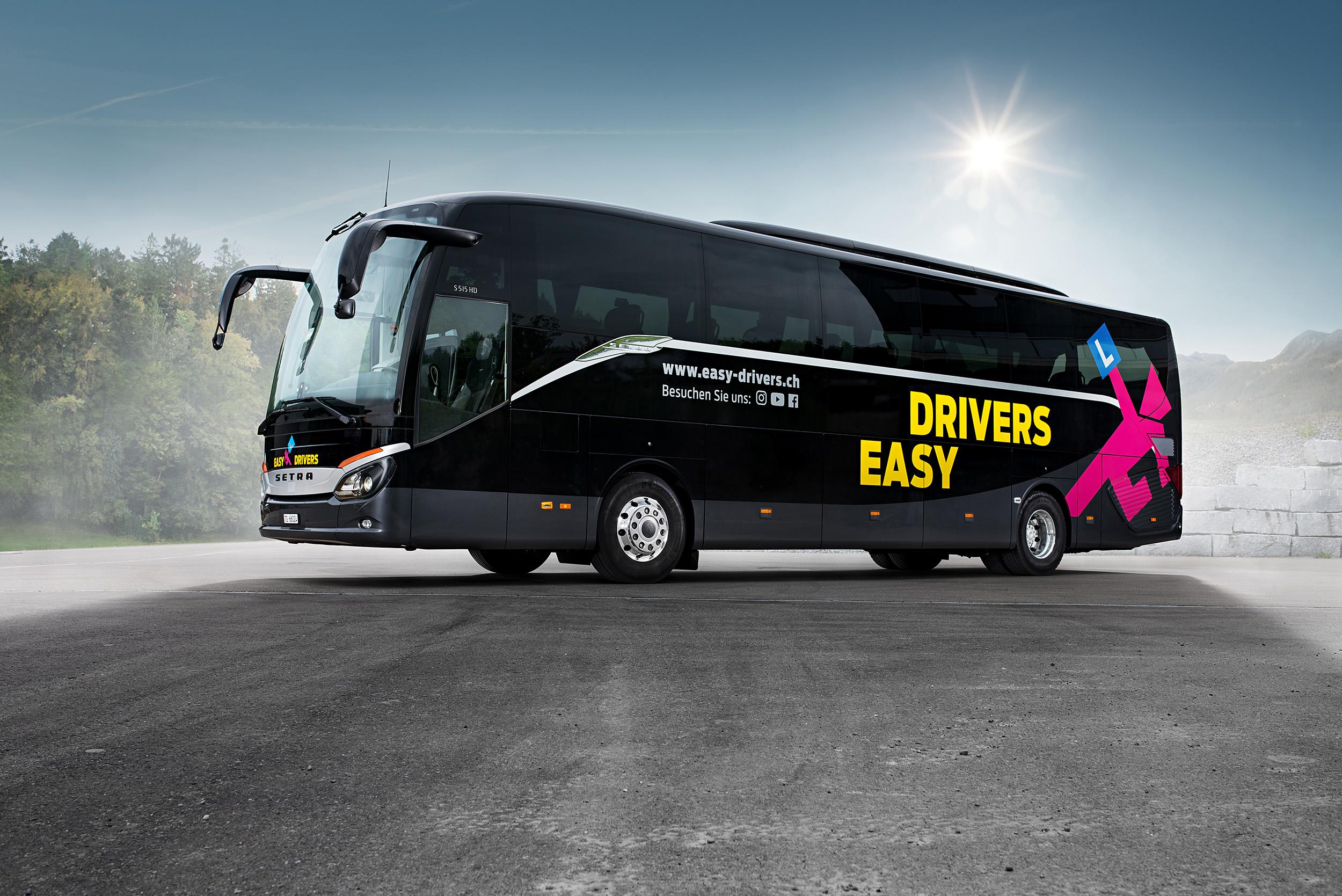 Easydrivers-Bus-schwarz-2500.jpg