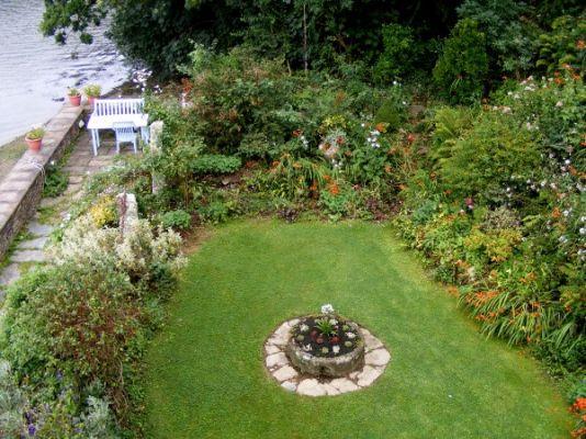 BQ garden from upstairs.jpg