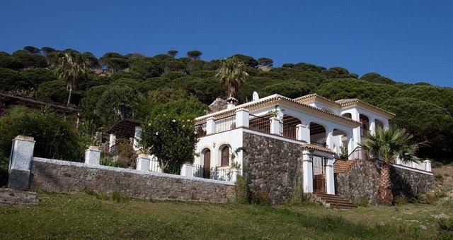 Tarifa villa.jpg