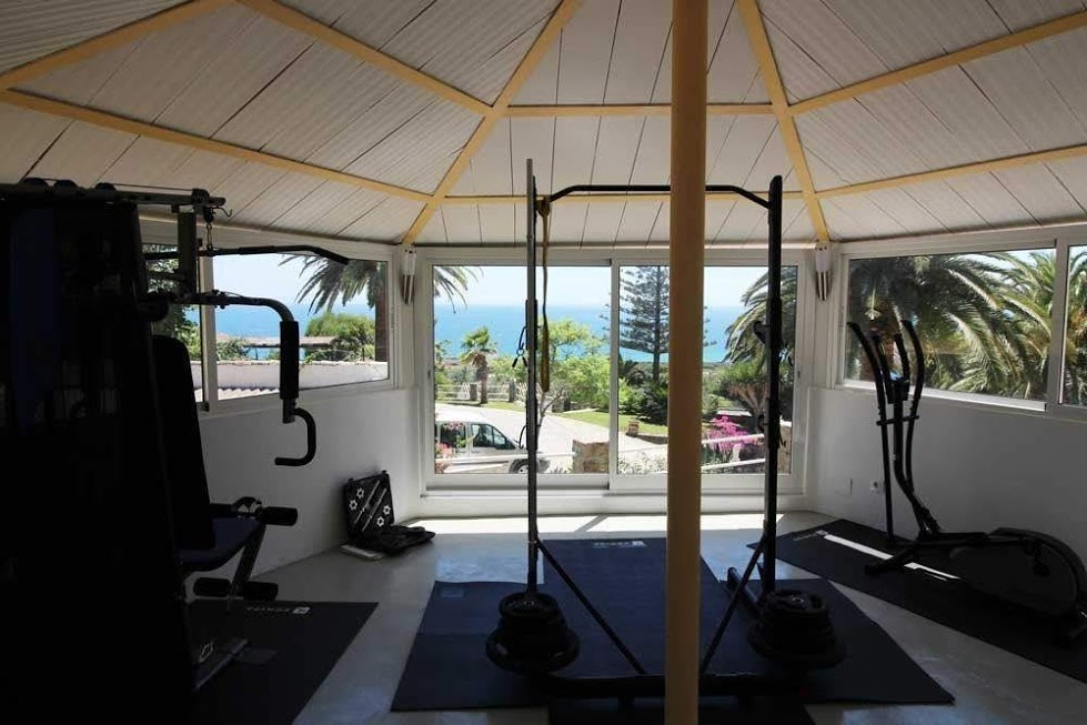 RV-120_1_38_Private Gym Interior.jpg