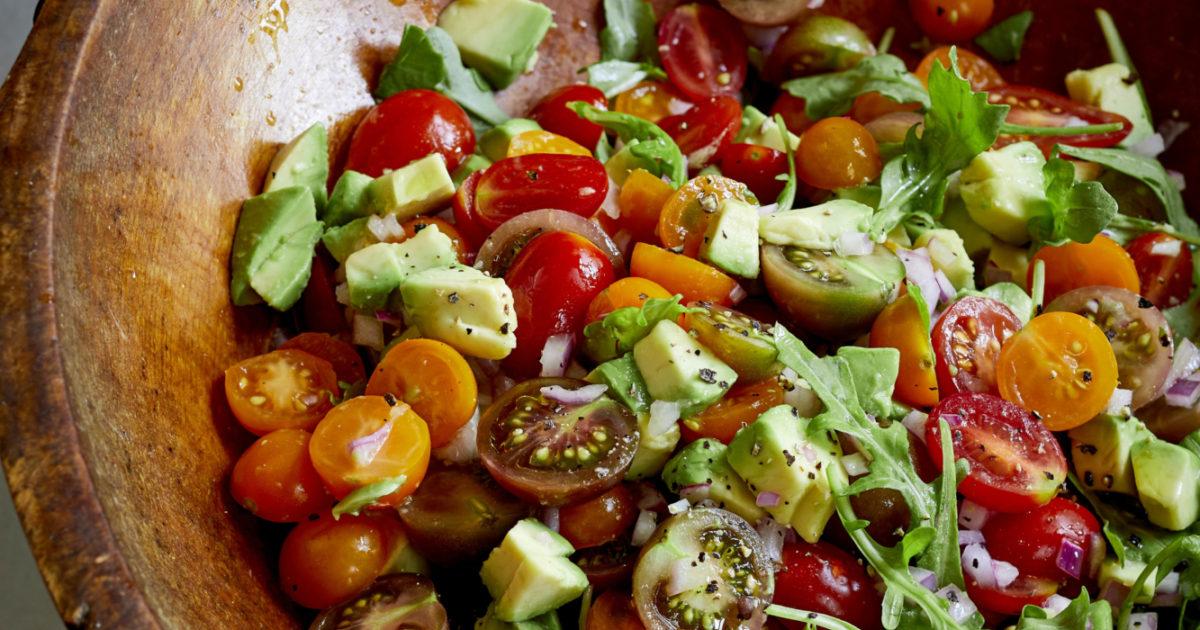 144_TomatoAvocadoSalad_019.jpg