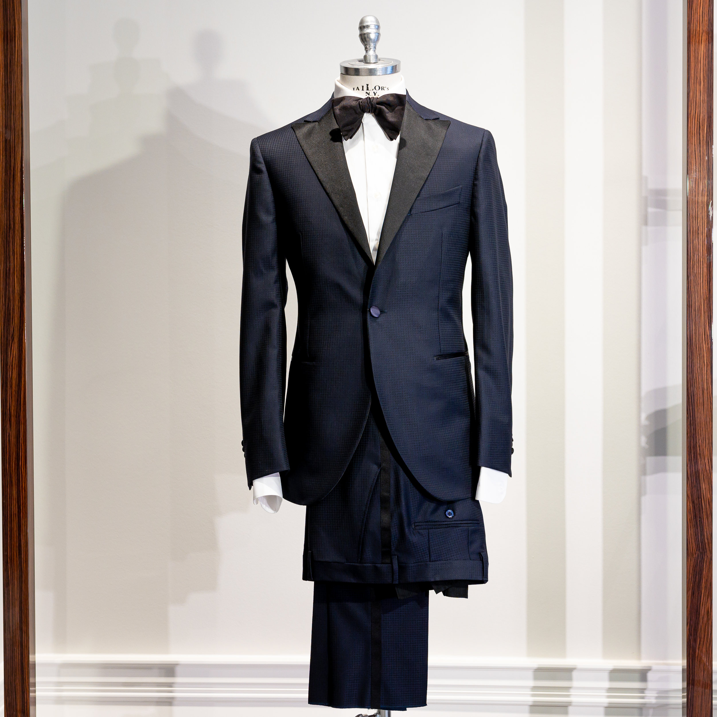 PANGEA  Flannel suit, Midnight Blue   5900 Sek   100% wool, Half canvas, Vitale Barberis, Unconstructed, half lined, 2 flap pockets with ticket pocket, double vents