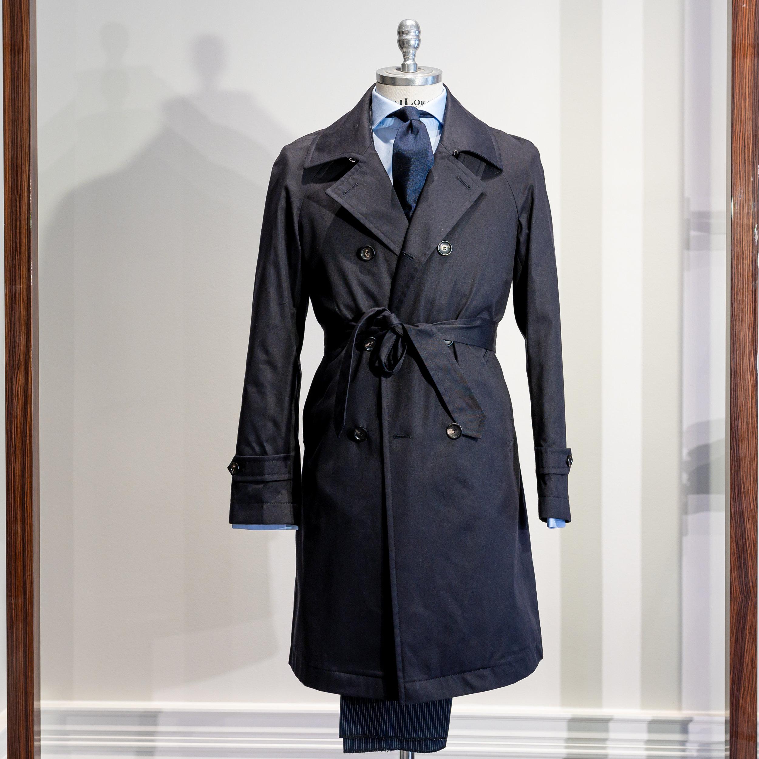 OVERCOAT    5900 Sek   Doublebreasted coat is