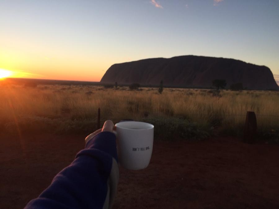 (Sun Rise - Uluru)