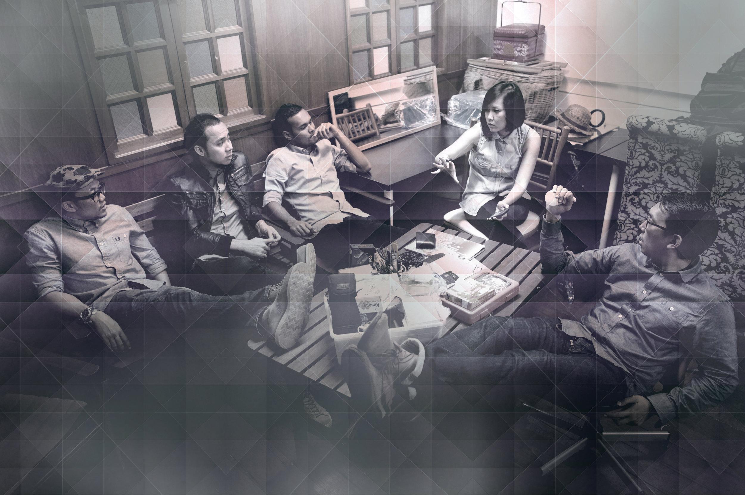 Band Photo 03.jpg