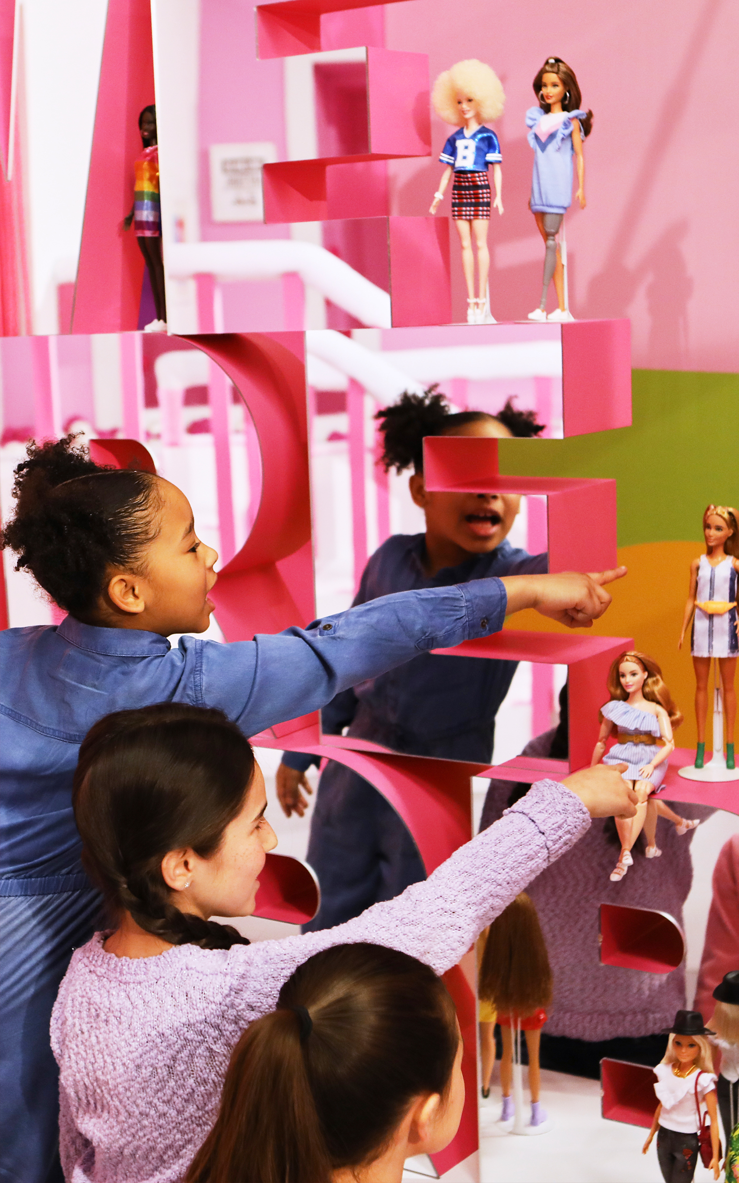 Barbie-LastGenerationOfFirsts_05.jpg
