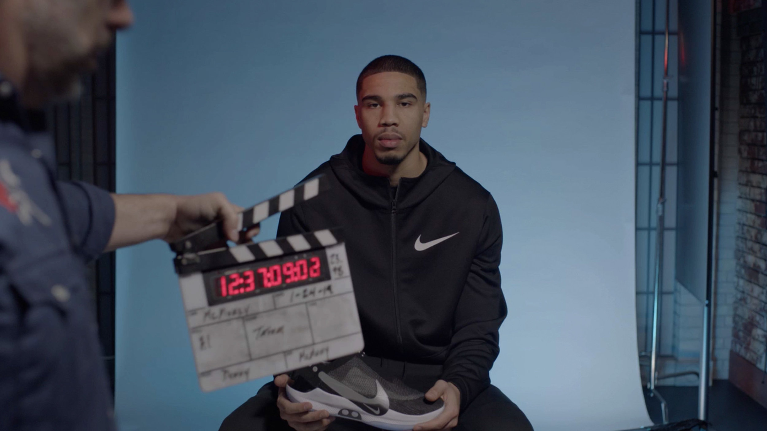 NikeAdapt_Hero8.jpg