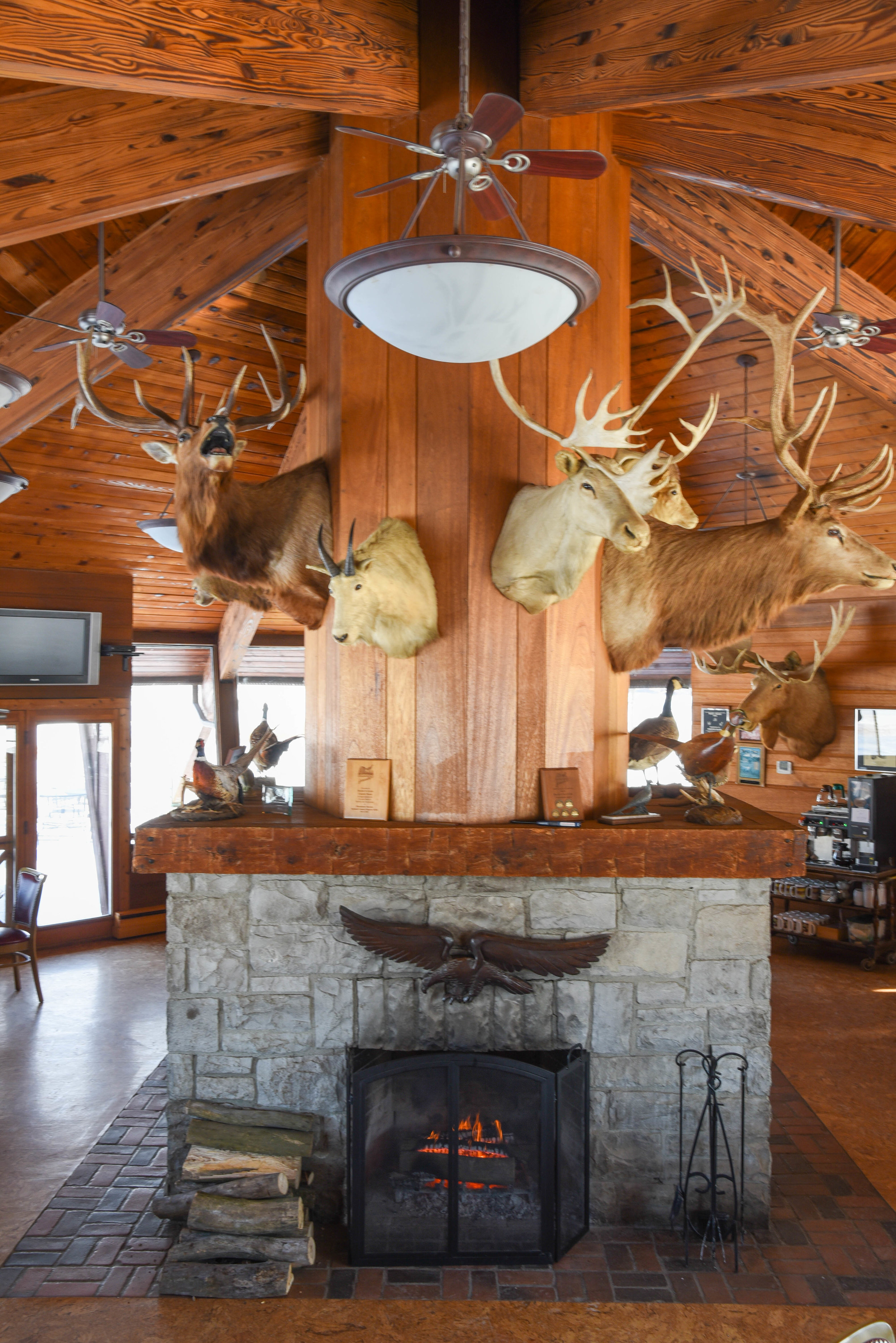 - Clubhouse & Dining