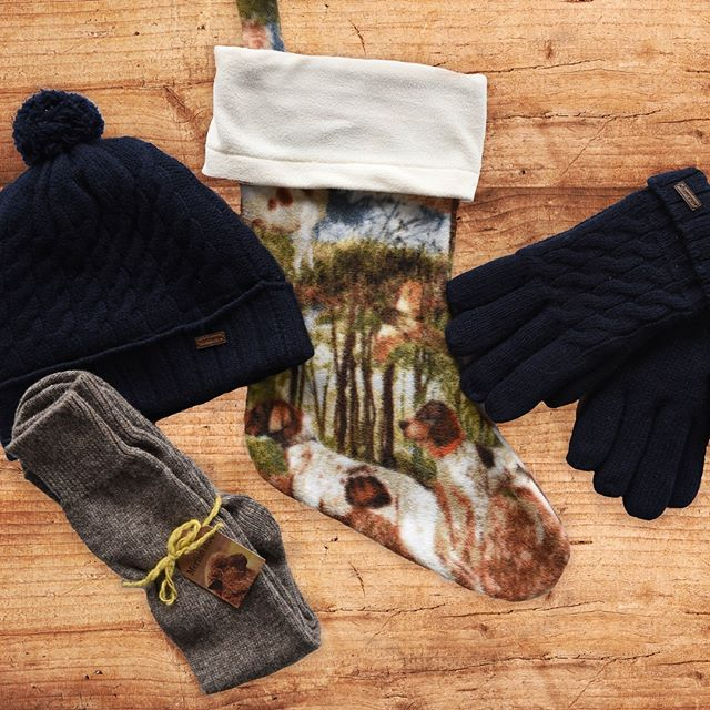 Boots, sweaters, scarves and flannels. Find timeless, quality gifts at the Hunters Creek Club pro shop this holiday season. For the field, or any time- we have gifts for three ladies and gentlemen on your list.