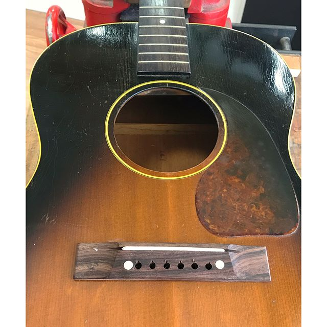 The replacement bridge on this Gibson just looks awful to me so I made another one to look more like an original. #gibsonguitars #guitarrepair #guitarbridge