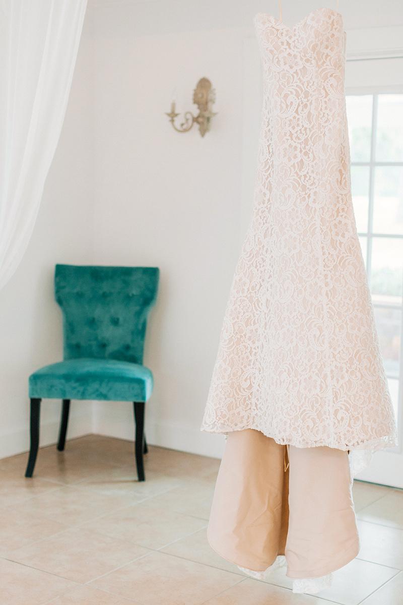 Lakeland-Wedding-Photographer_Wedding-at-The-Lange-Farm_Abby-and-Phillip_Zephyrhills-FL_0010.jpg