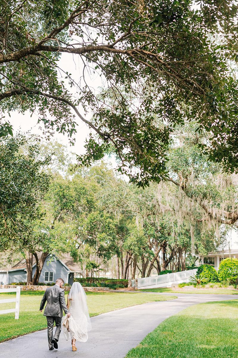 Lakeland-Wedding-Photographer_Wedding-at-The-Lange-Farm_Abby-and-Phillip_Zephyrhills-FL_0213.jpg