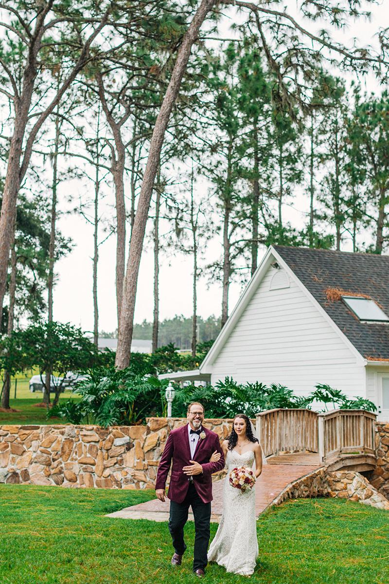 Lakeland-Wedding-Photographer_Wedding-at-The-Lange-Farm_Abby-and-Phillip_Zephyrhills-FL_0402.jpg
