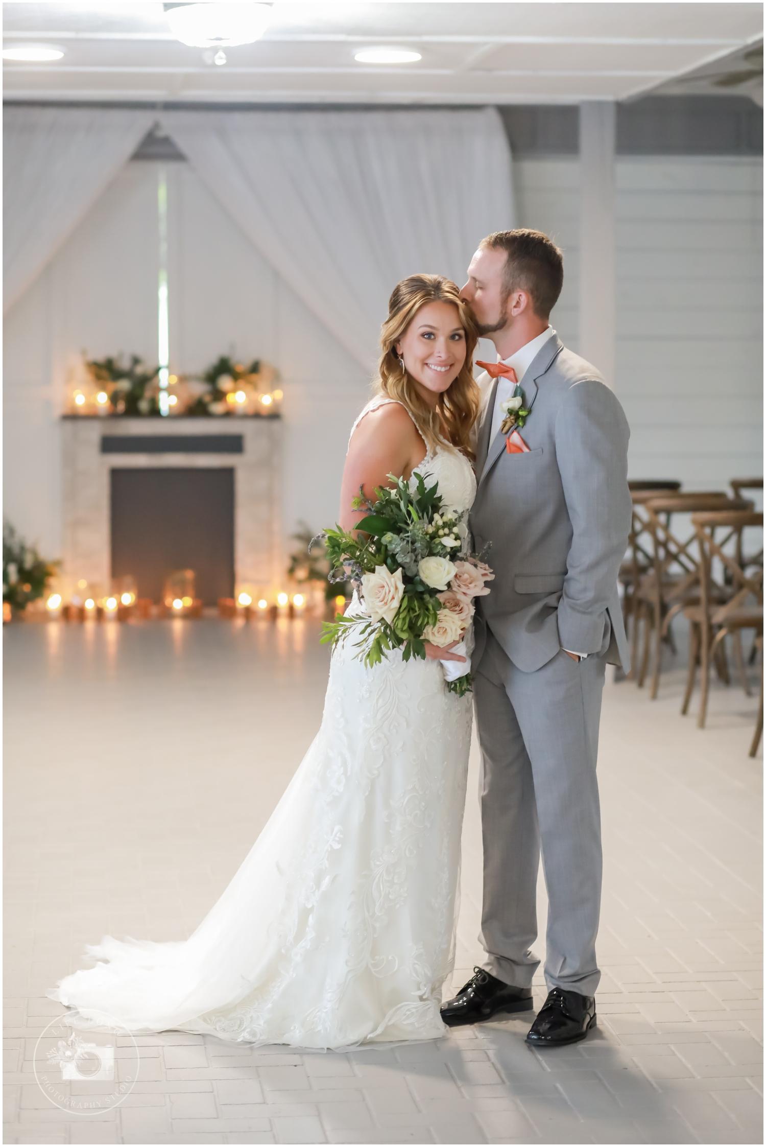 Rustic, Elegant Barn Wedding in Tampa_0056.jpg