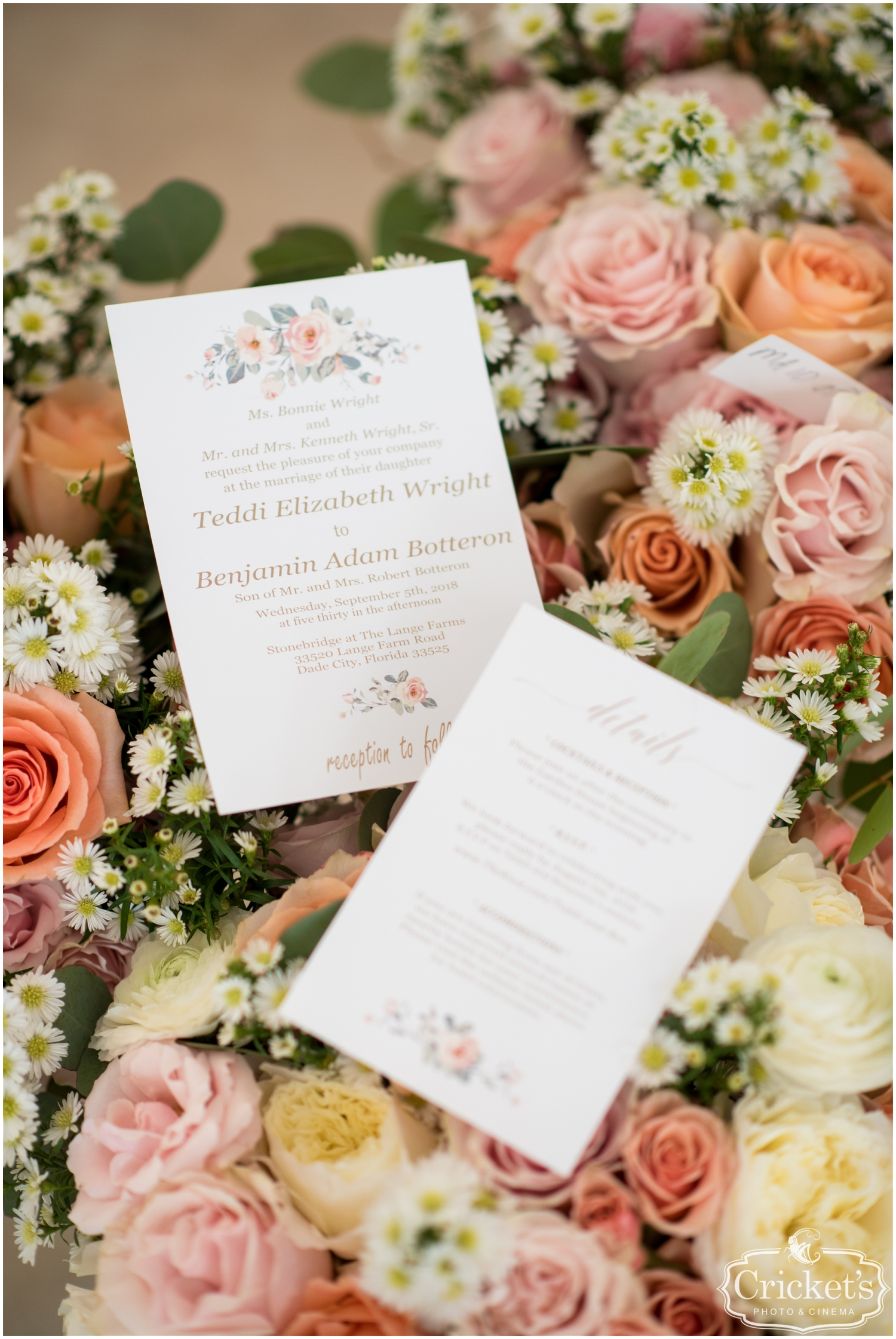 Wedding invitation and pink Floral