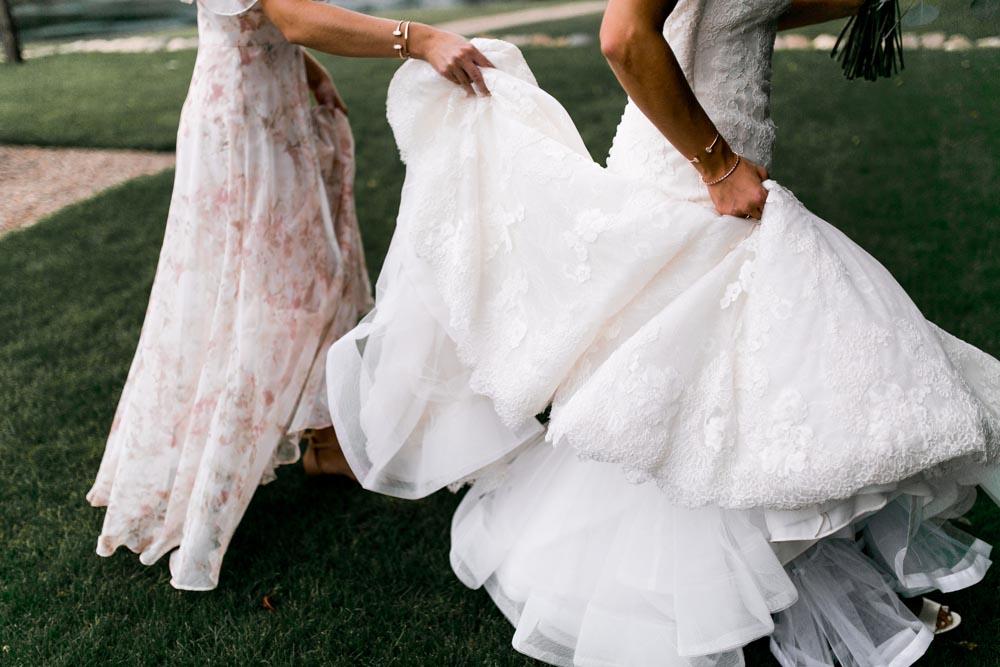 1 wedding-gown-vineyard-jackson-michigan-wedding-planner.jpg