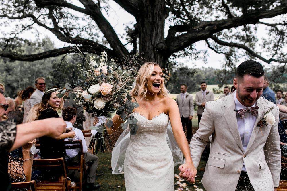 10 black-barn-vineyard-and-winery-wedding-planner-michigan-detroit.jpg
