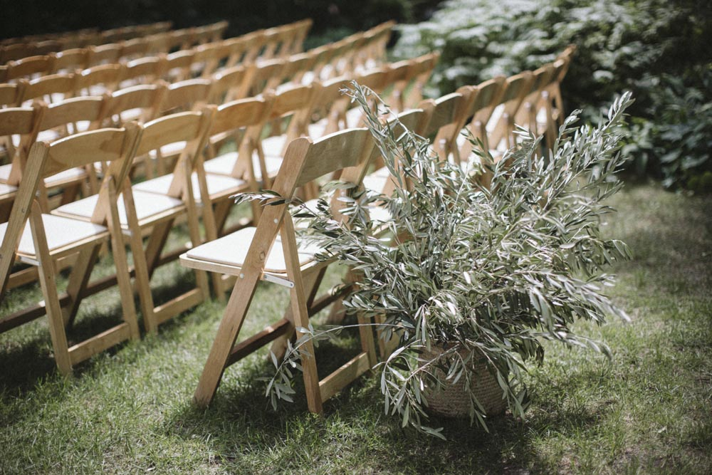 7 cherry-basket-farms-traverse-city-michigan-ceremony-design.jpg