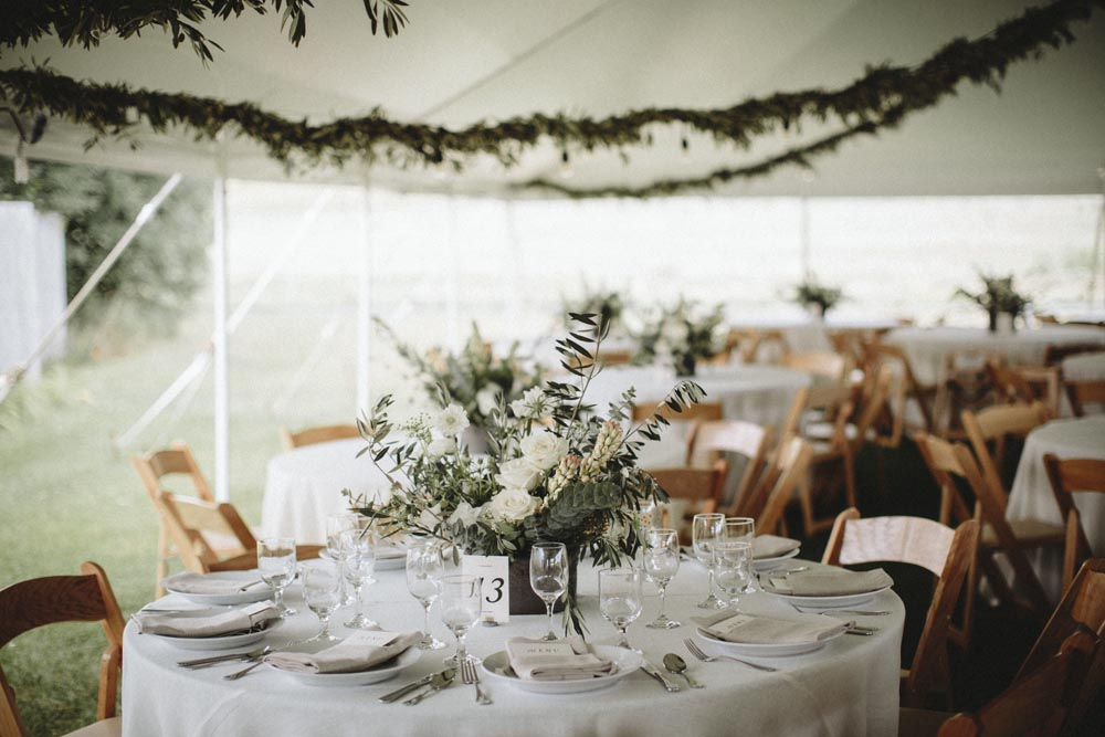 19 simple-elegant-wedding-design-wedding-coordinator.jpg