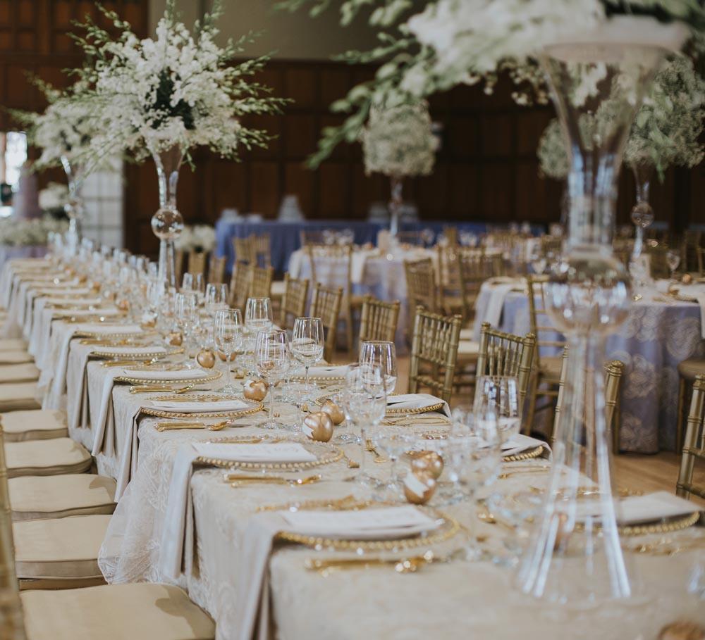 22 michigan-wedding-planners-white-babys-breath-wedding-design.jpg