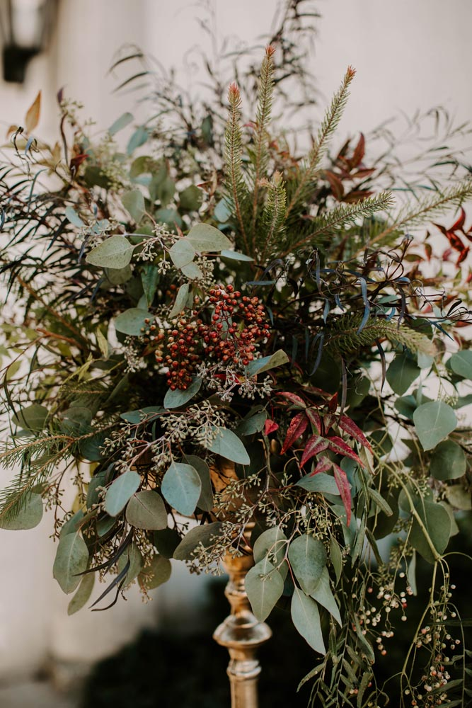 6 organic-luxury-floral-design-grosse-point-war-memorial-wedding.jpg