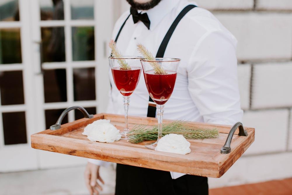 13 grosse-point-war-memorial-wedding-signature-cocktail.jpg