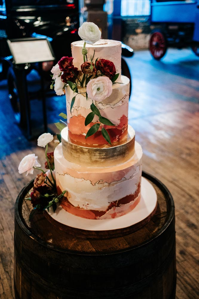 17 cake-rustic-chic-luxury-wedding-planning-michigan-detroit.jpg