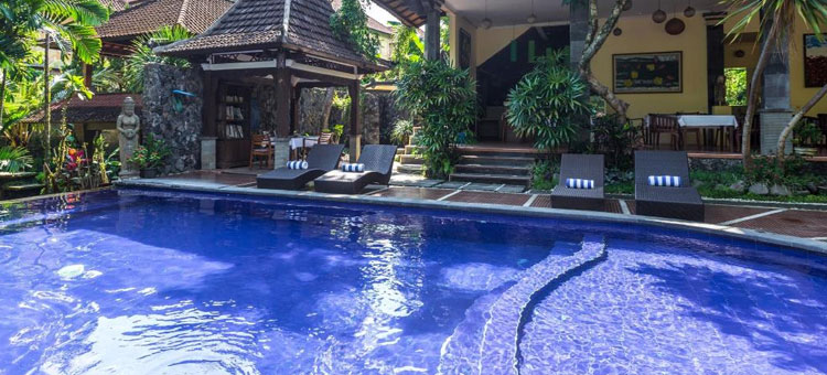 A peek inside the gorgeous infinity pool at our extremely relaxing resort. (Photo does NOT do it justice).