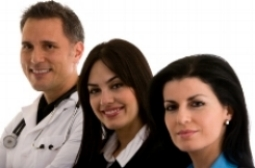 Three adults; improve your accent in English, reduce your accent at Canto Speech Therapy Online