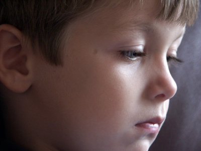 Boy thinking; not understanding; language therapy at Canto Speech Therapy Online