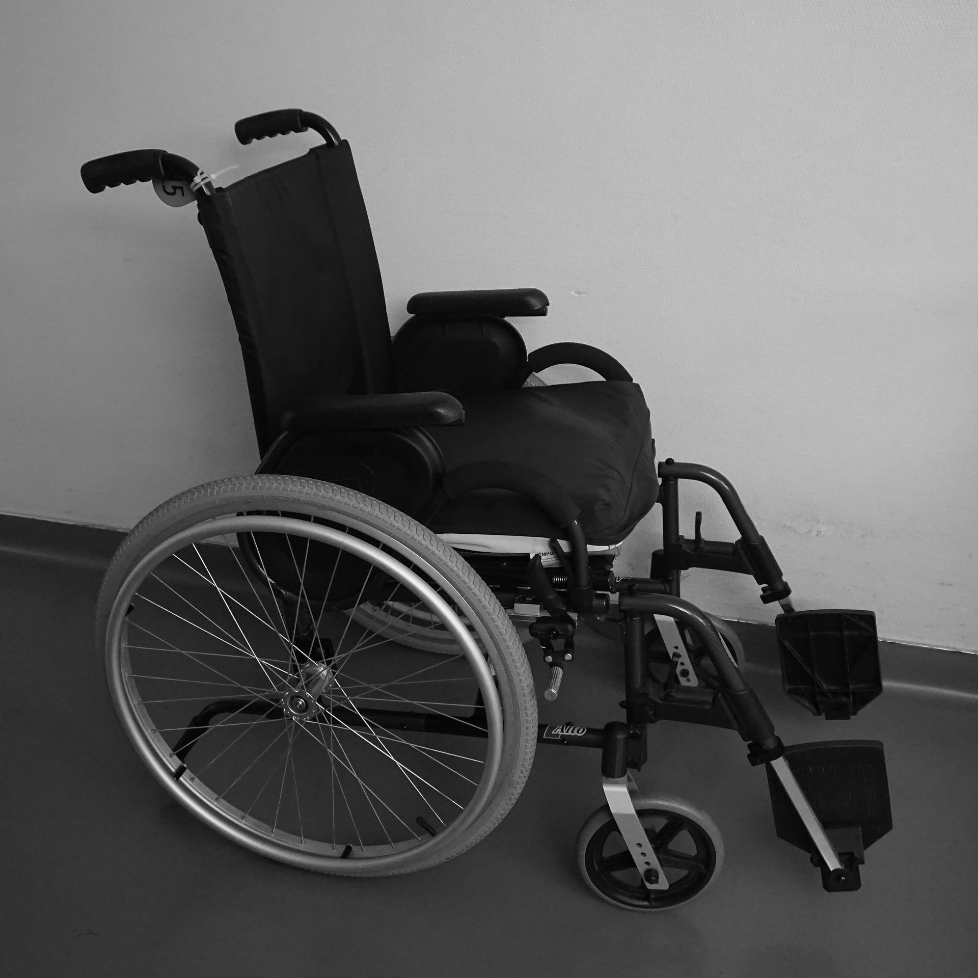 wheelchair-2217029_1920.jpg