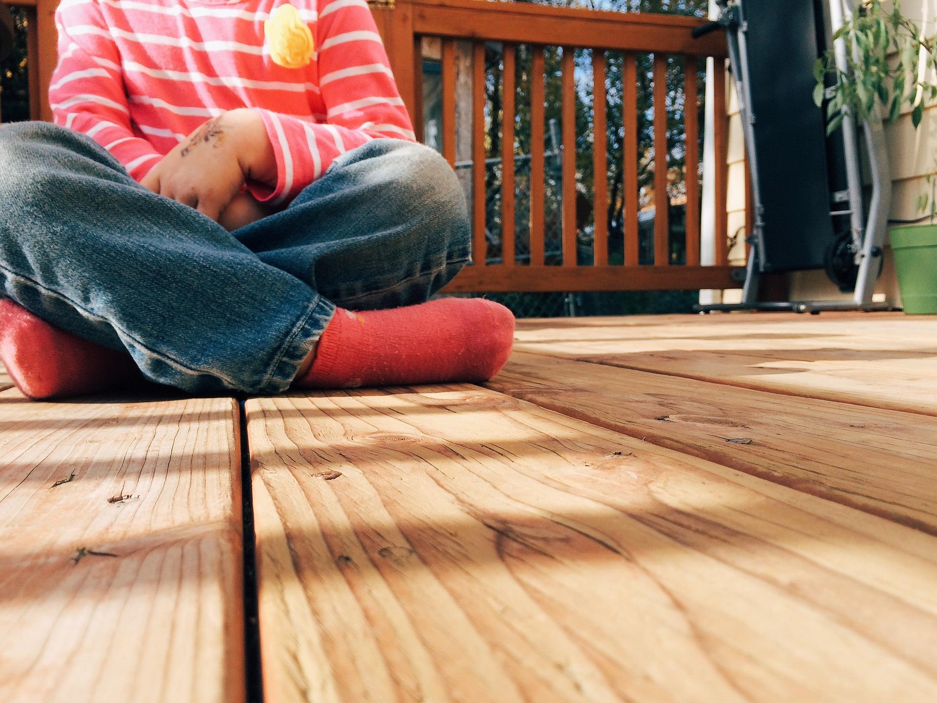 wood-926724_1920.jpg
