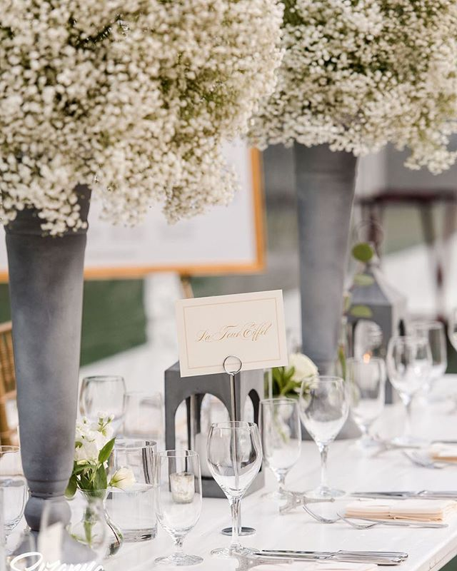 Weddings are hard work, and details do matter. It takes a lot of attention and dedication, but each and every time the outcome is so special, and I love the expression on my couples faces when they walk into their celebration for the first time. Love my job! Planner @northshoreweddingsbyana  Photo credit @suzannamarchphotography  Flowers @the_singing_flower  Tent @seacoasttents  Rentals @peakeventservices  #wedding #tentedwedding #northshorewedding #estatewedding