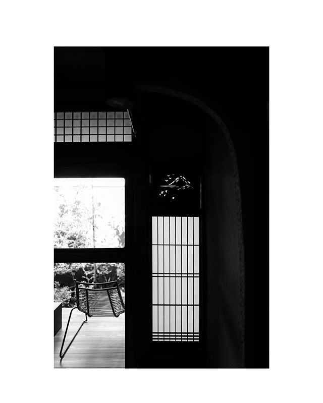 Patterns. // B&W.05 . . .  #maanahomes #architecture #architecturephotography #renovation #photography #hotels #design #interiordesign #luxurytravel #interiorarchitecture #instagood #travel #japan #京都 #京都旅行 #旅行 #instagramjapan #instakyoto #kyotogram #kyoto #kyotojapan #kyototravel #jp_gallery #kyototrip #visitjapanjp #ig_japan #icu_japan #japantravel #blackandwhitephotography #shadows